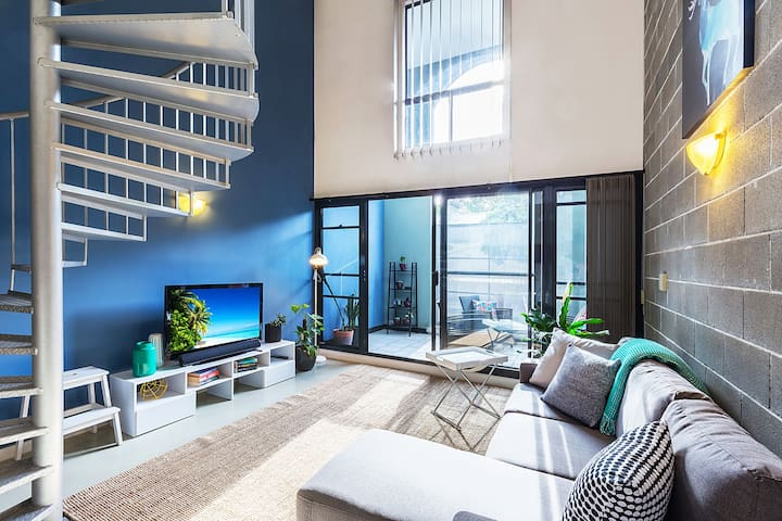 Loft Apartment minutes walk to the city - Chippendale - Apartemen