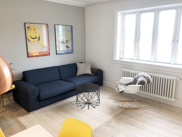 Charming apart. - 5 min to Central CPH with metro.