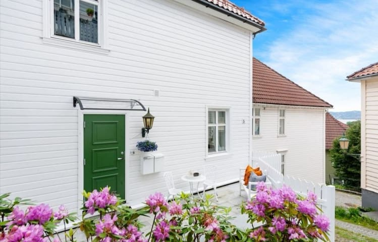 Historical & nice Bergen-house close to everything