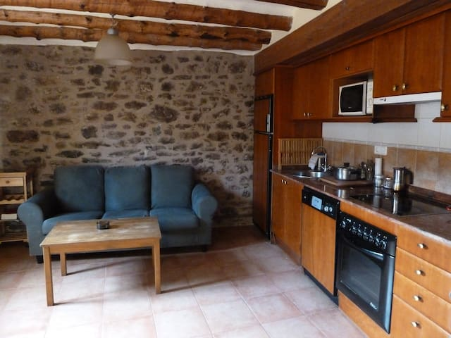 Apartamento  60 m2 + trastero 6 m2  - Antist - Lägenhet