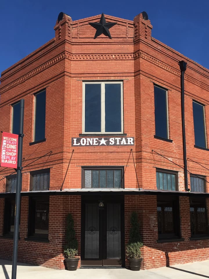 Lone Star Lodge