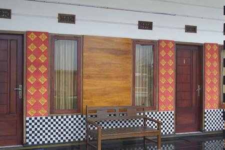 Guesthouse of Leko - Sukapura