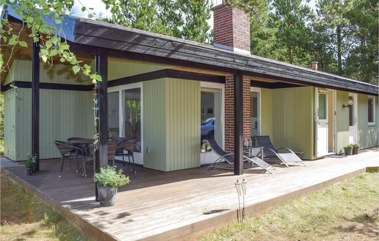 Holiday cottage with 2 bedrooms on 80m² in Nørre Nebel