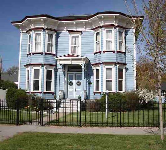 The Baer House
