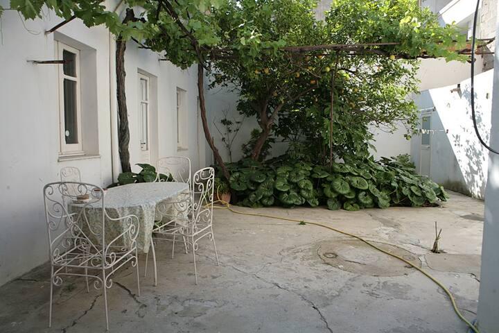 Comfy home Historic Center 5 minutes to the beach - Quartu Sant'Elena - Maison