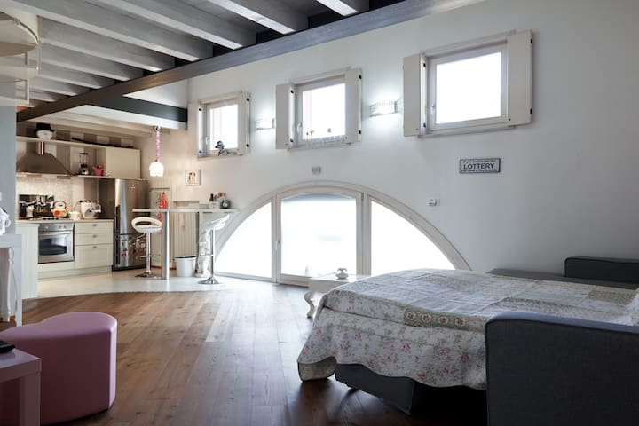 Very cute open space - Quaderni - Apartment