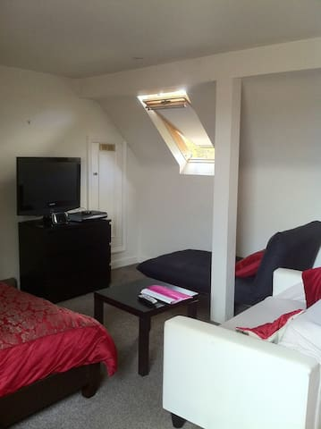 Studio Apartment - Godalming - Pis