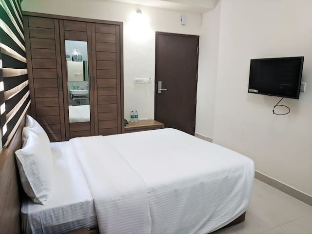 Serviced Apartment in Rustum Bagh Layout 505
