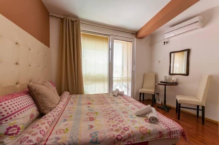 Villa Stefanija small lake room