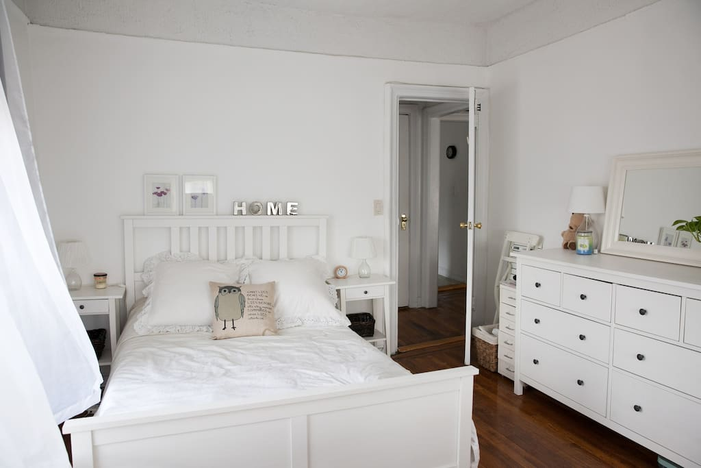 Bedroom (for Airbnb Guest)