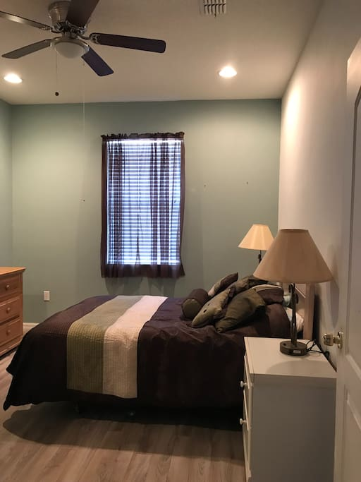Full size bed, dresser and ceiling fan