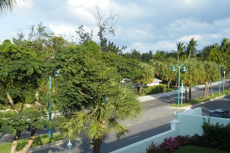 Paradise Island Vacation Rental #7 - Nassau