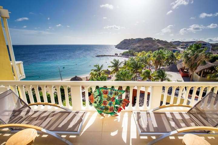 Fascinating Ocean Front 3BR Penthouse at Blue Bay Beach & Golf Resort