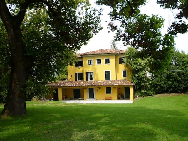 Appartamento in villa d'epoca - Stresa - Lägenhet