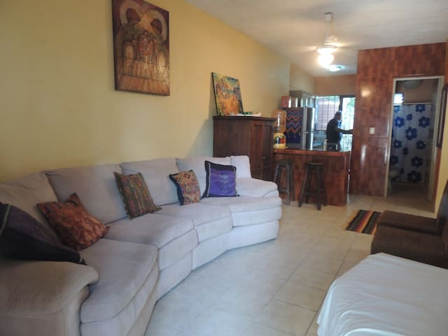 TULUM TOWNHOUSE.2 BEDS. AC.CENTRAL - Tulum - Dom