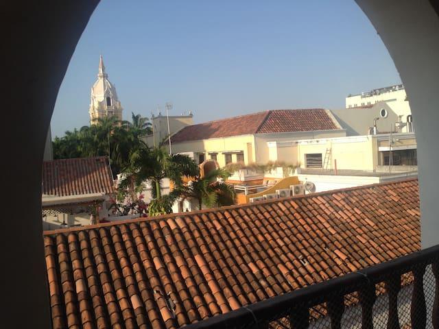 ciudad vieja terraza balcon vistas