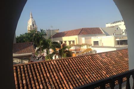 ciudad vieja terraza balcon vistas - Cartagena