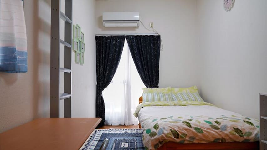 101 cozy room near Nishijin station with free wifi