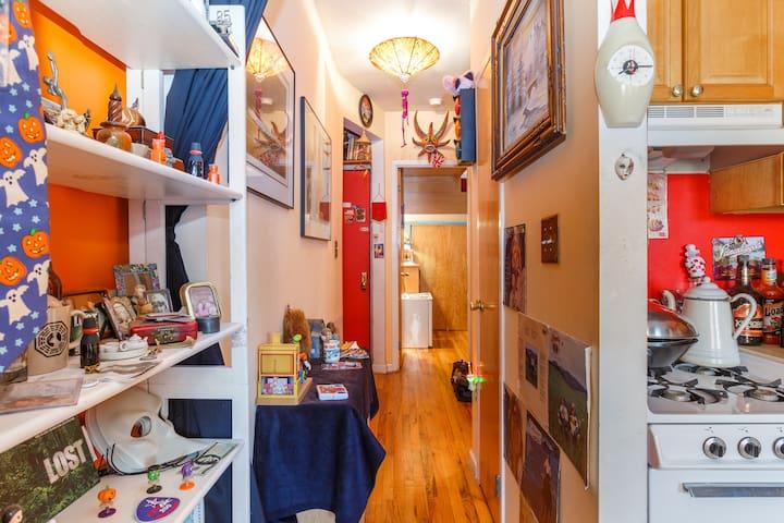 Clean, Quiet, & Cozy Private Room!