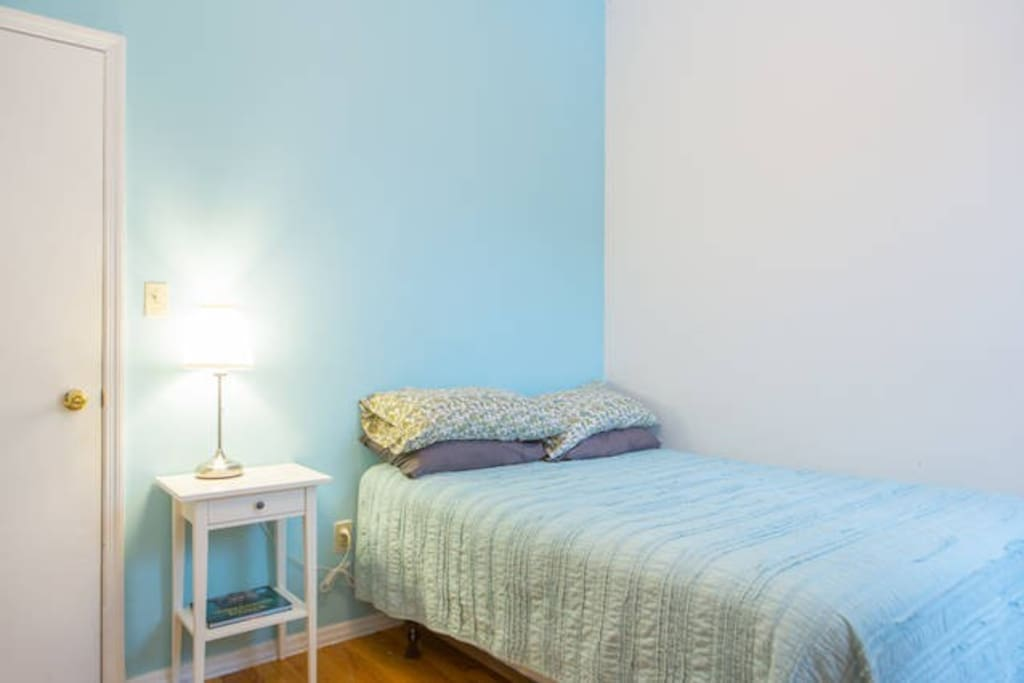 1 large bedroom w private bath apartments for rent in for Rooms for rent in nyc with private bathroom