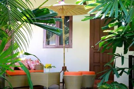 Tropical Villa in Chiang Mai! - チエンマイ - 別荘
