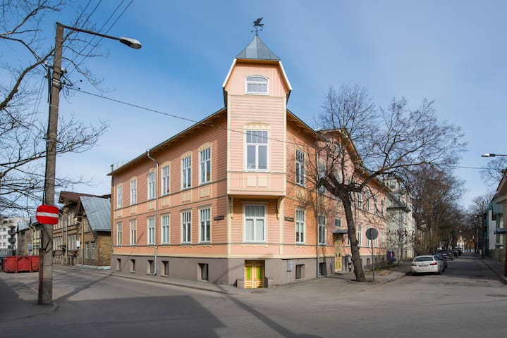 Large apartment 110m2,SAUNA in historic Kadriorg! - Tallinn - Byt