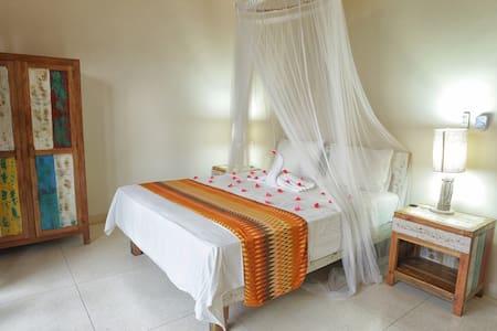 Istana Hypso  Double Room - South Kuta