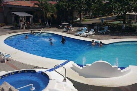 Condominio Tropical Villa 48 - Jacó - Villa