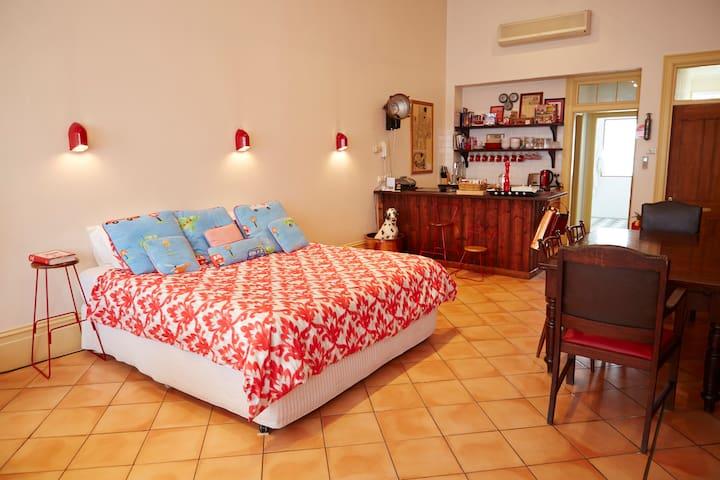 Open Floor bedroom. Premium King sized bed