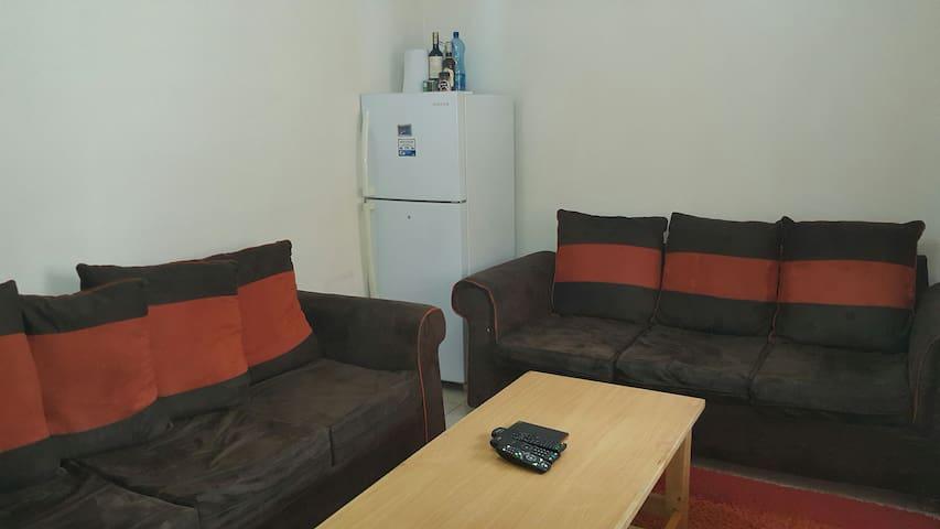 1 Bedroom apartment near big Mall