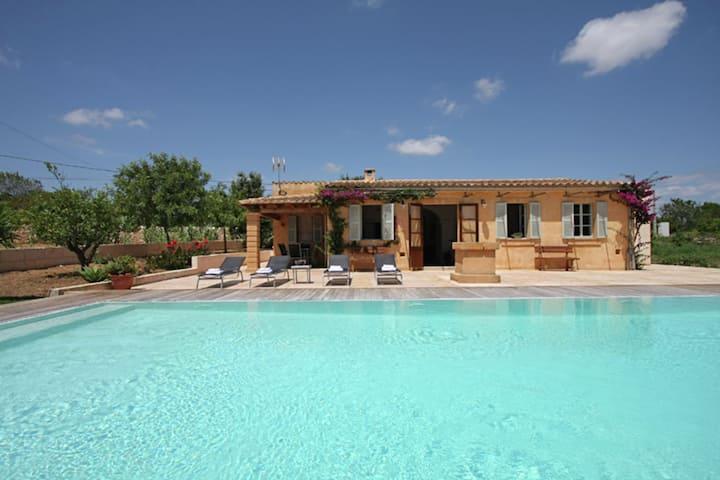 Lussuosa casa vacanze a Manacor Maiorca con piscina privata