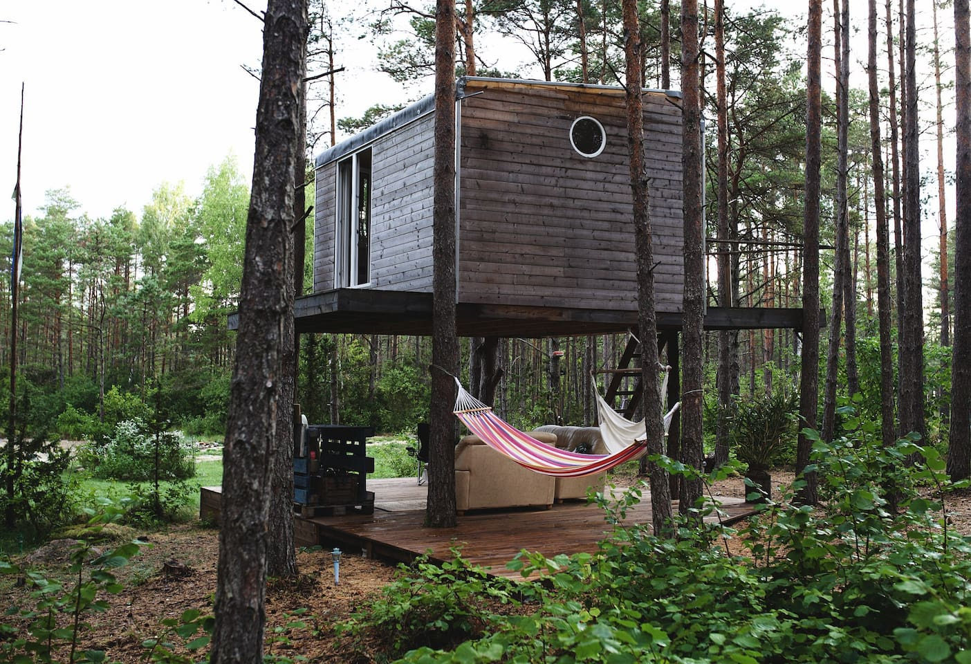 Unique treehouse for two