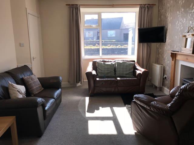 1 Edenmore Villa