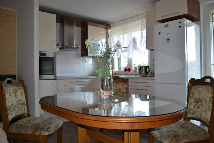 Etna 3*Apt (family-friendly area with PARKING and 2 BIKES FREE) 320 - Vranjic - Apartemen