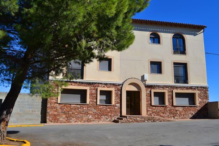Apartamento 1 - Los Almendros - La Puebla de Valverde - Pis