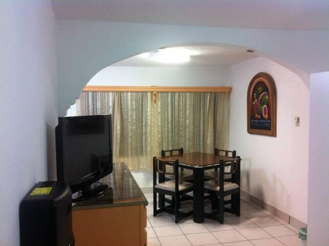 Tu pequeńa casa en la Frontera - Ciudad Juárez - Apartment
