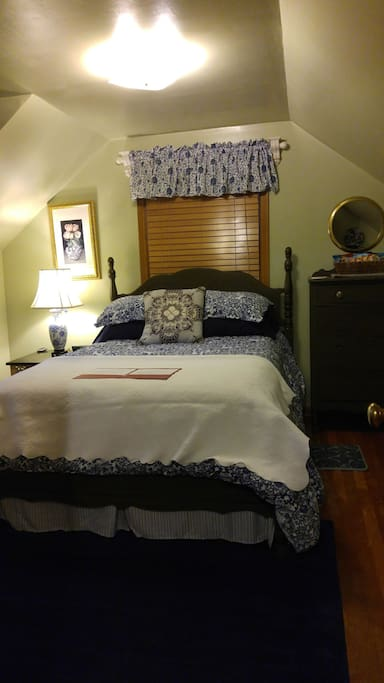 Full size bed in first room 2 dressers and closet space