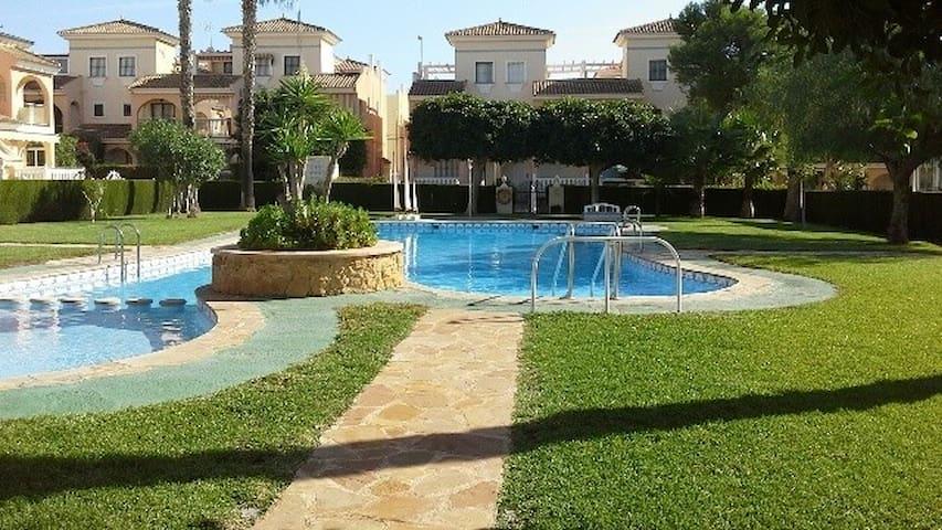 Casa Horizonte - Playa Flamenca