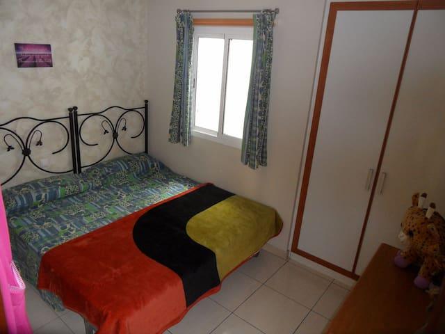 Acogedora habitación y estancia en Maspalomas - El Tablero