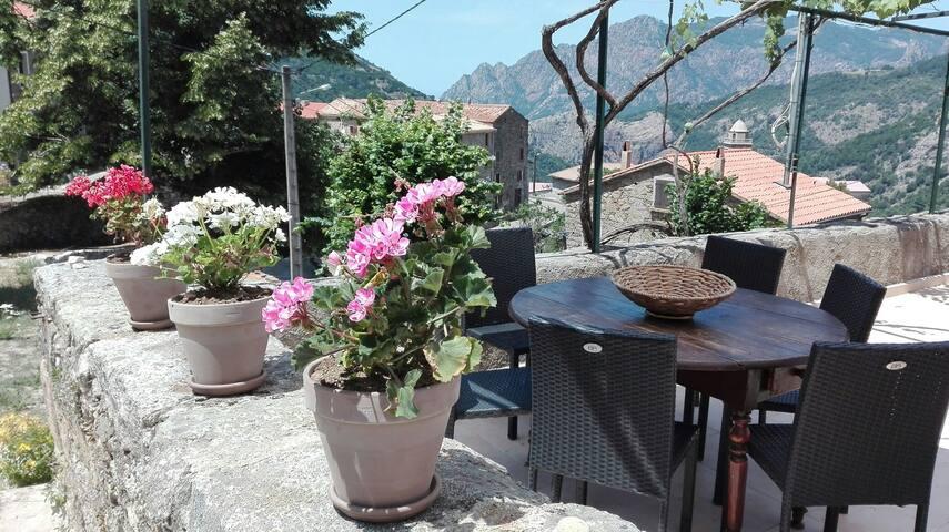 Marignana charmant duplex terrasse