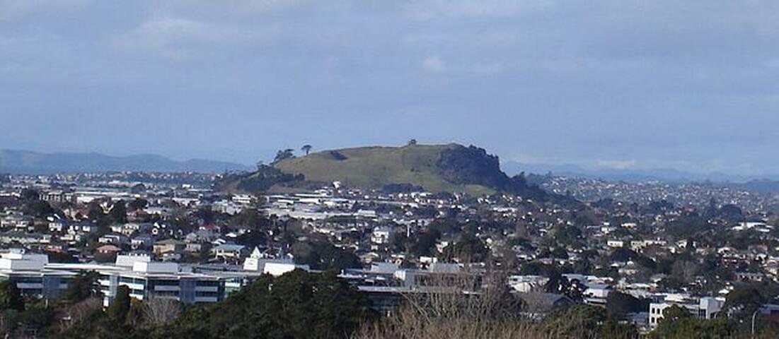 Quiet & Cute Room at heart of Auckland (AKL), NZ