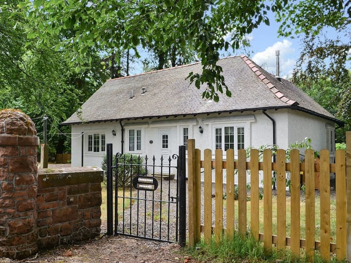 Maynes Lodge (UK5888)