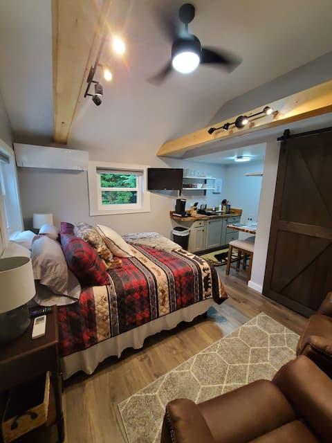 Sleepy Hollow Cabin 2
