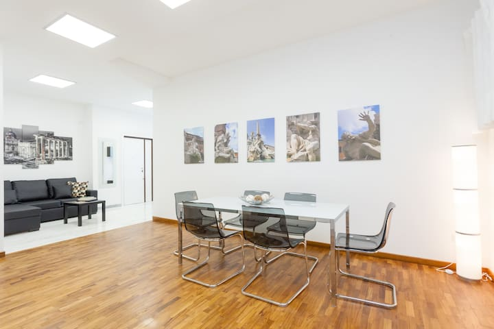 3BR 3BA DELUXE near POPOLO&SPAGNA wi fi - Roma - Apartamento