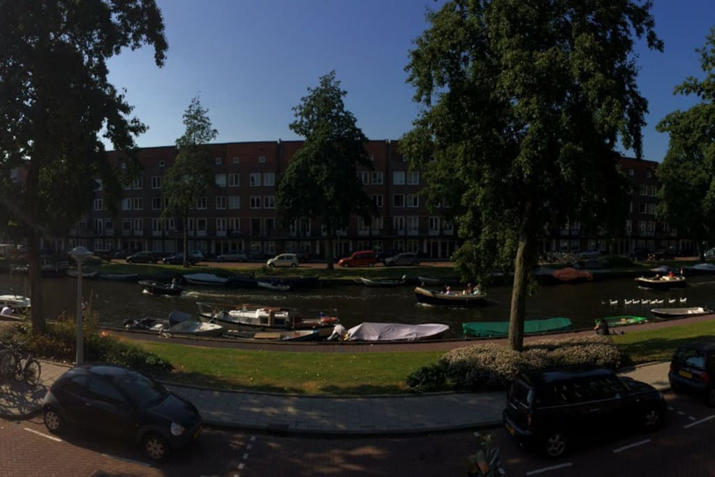 view on the Admiralengracht