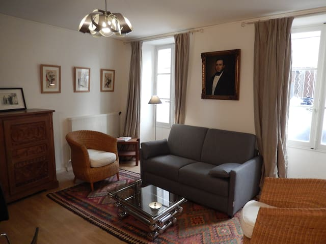 Charming 2rooms 30m Palace of Popes