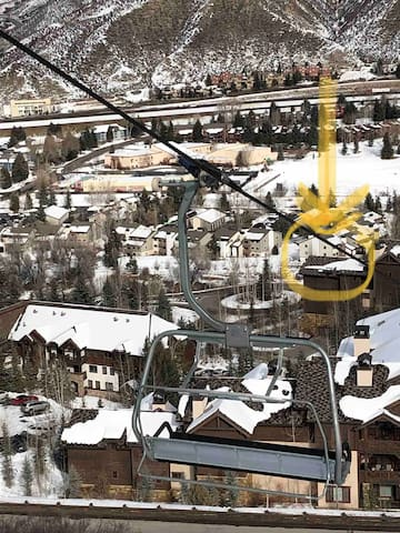 View of the condo building from the Beaver Creek Lower Lansing chairlift