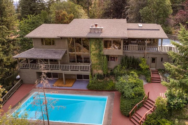 Coeur d'Alene Lake View Pool Home on Tubbs Hill