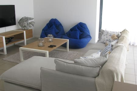 Penthouse / apartment in stunning sea side complex - Roches Noires - Flat