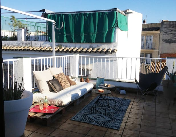 studio with terrace downtown wifi - Córdoba - Apartment